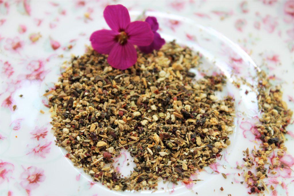 dried pukka herbs with purple flower