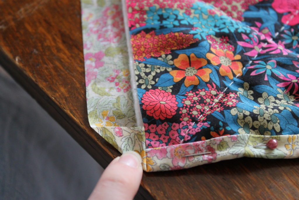 holding quilt corner