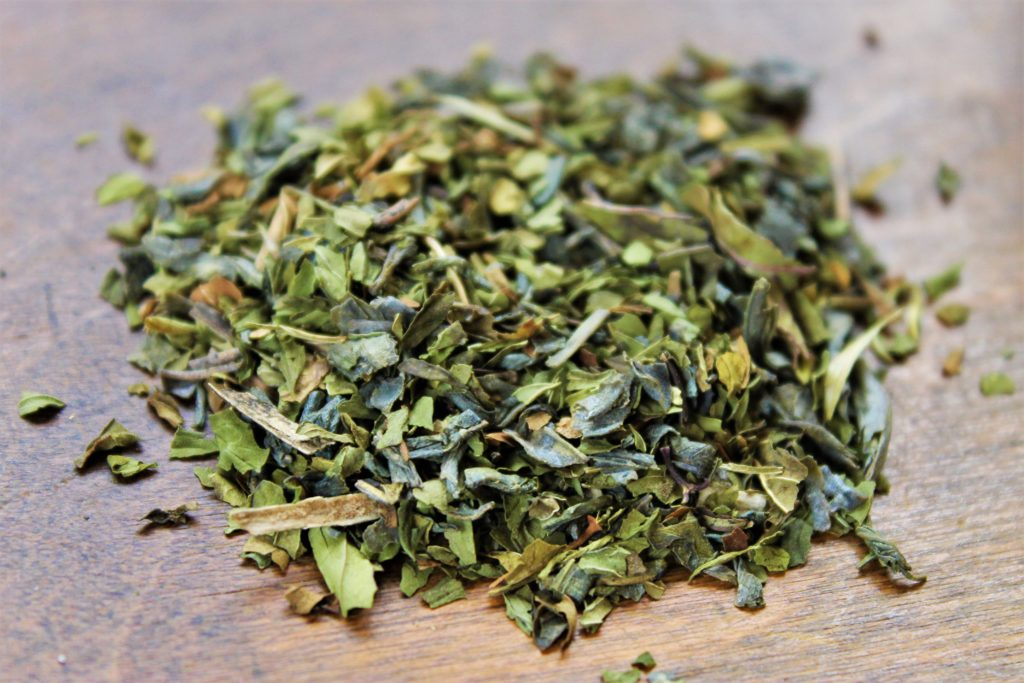 green tea and peppermint contents