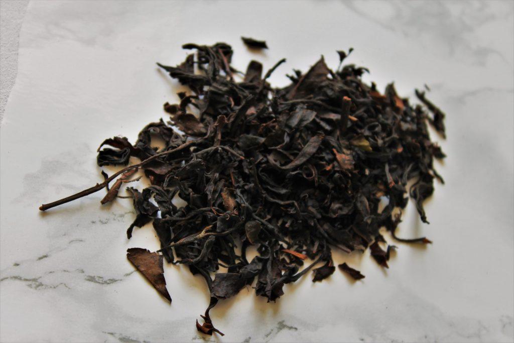 dry loose leaf black tea